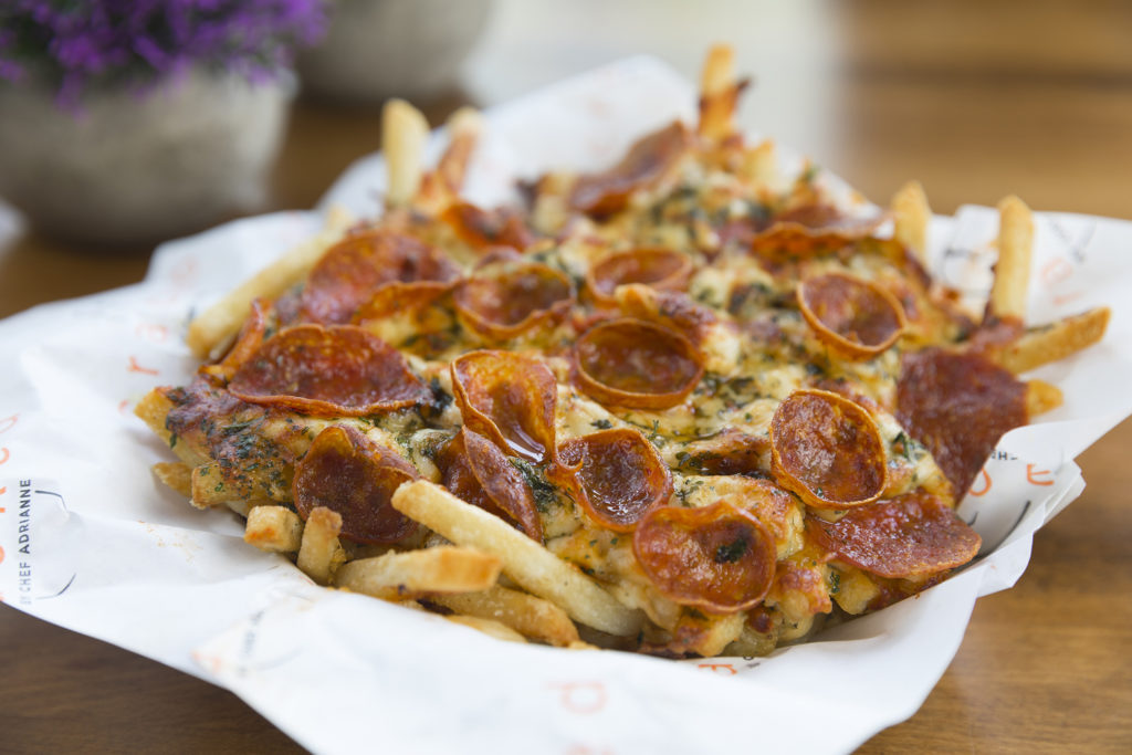 TRUFFLED PEPPERONI PIZZA CHEESE FRIES_7