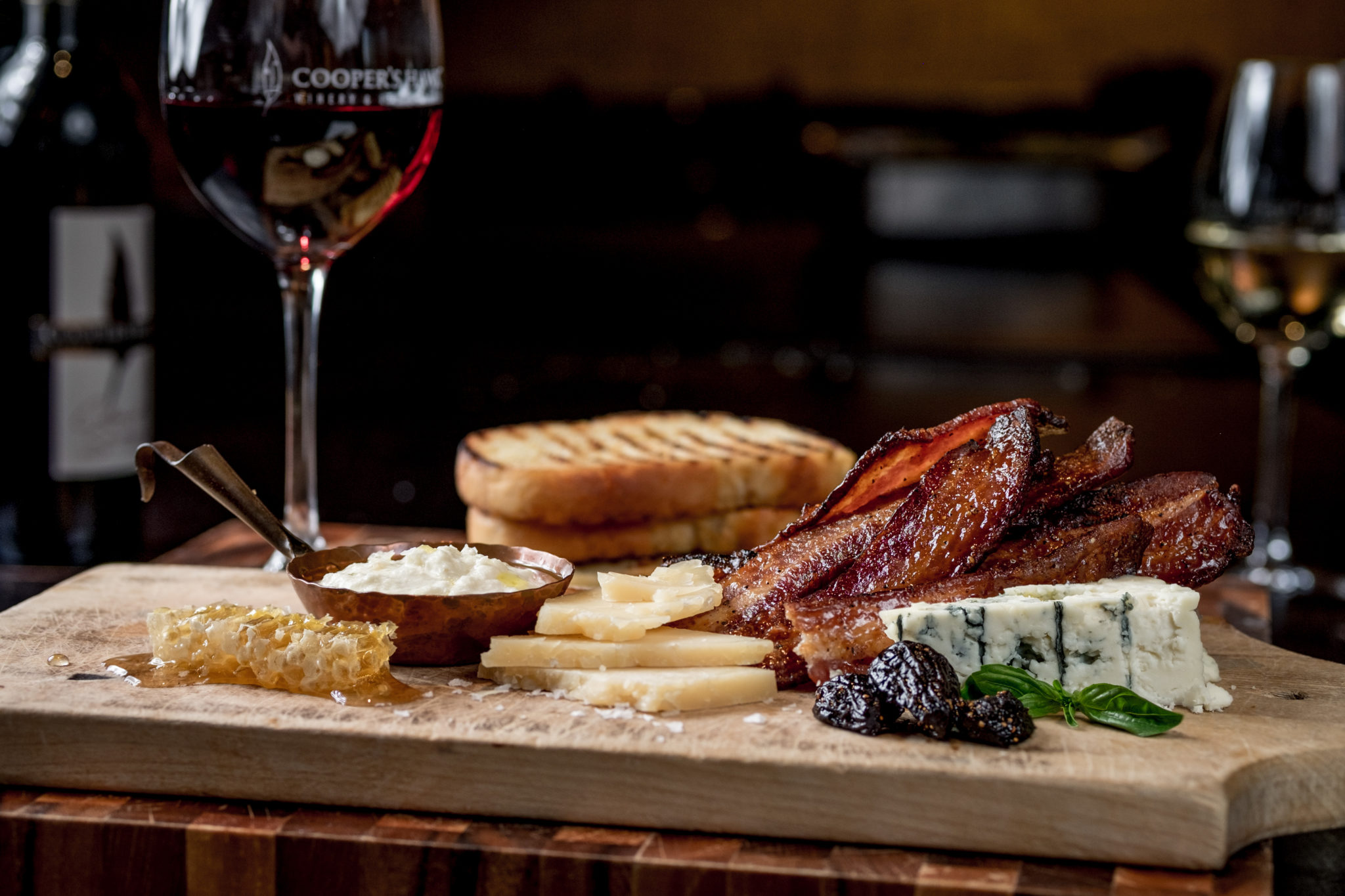 Cooper's Hawk Candied Bacon Artisan Cheeses